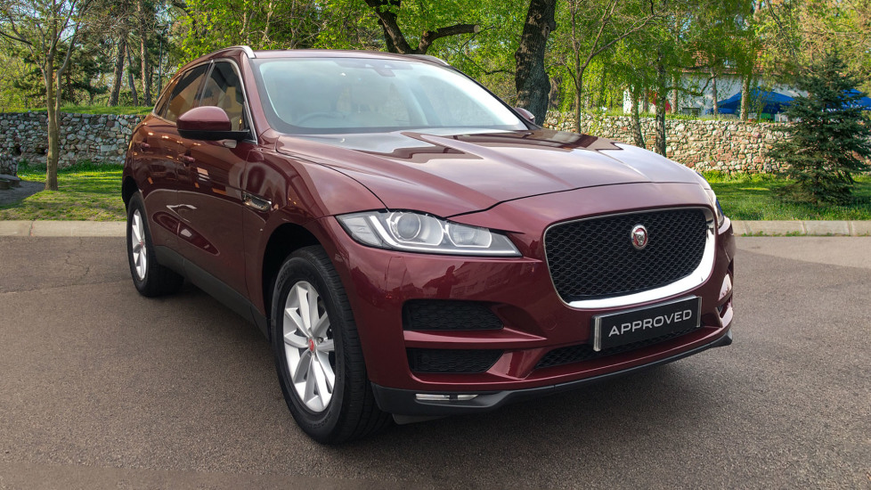 Jaguar F-PACE 2.0 Prestige with Sliding Pan Roof.  Diesel 5 door Estate (2017) image