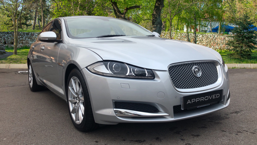 Jaguar XF 2.2d [200] Premium Luxury Diesel Automatic 4 door Saloon (2013)