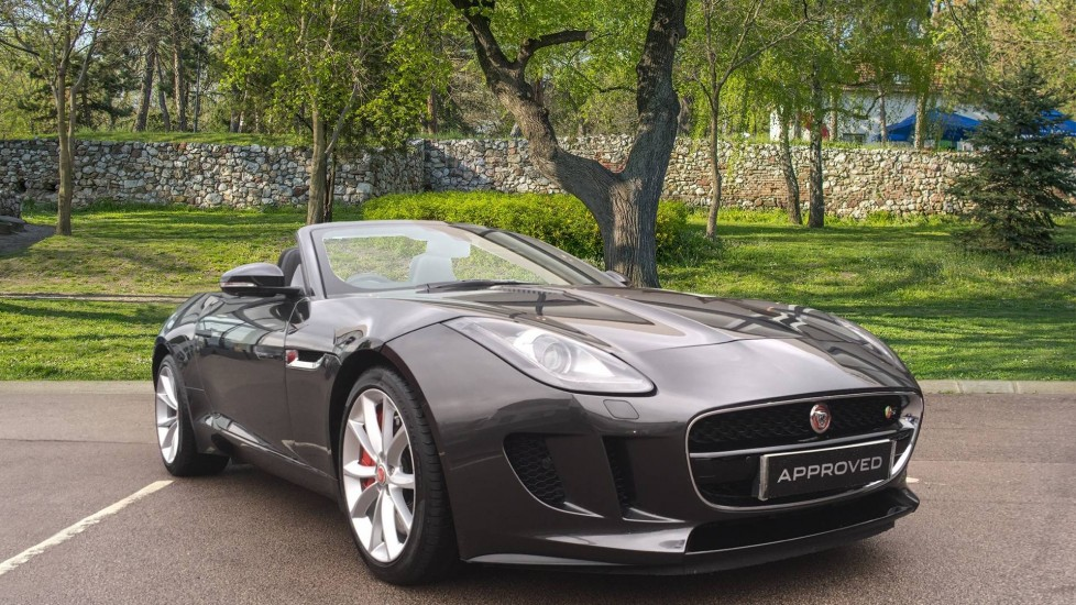 Jaguar F-TYPE 3.0 Supercharged V6 S 2dr Low Miles Automatic Convertible (2017)