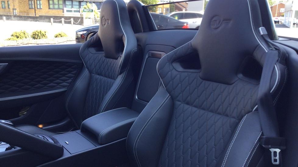 Jaguar F-TYPE 5.0 Supercharged V8 SVR 2dr AWD - Carbon Fibre - image 4