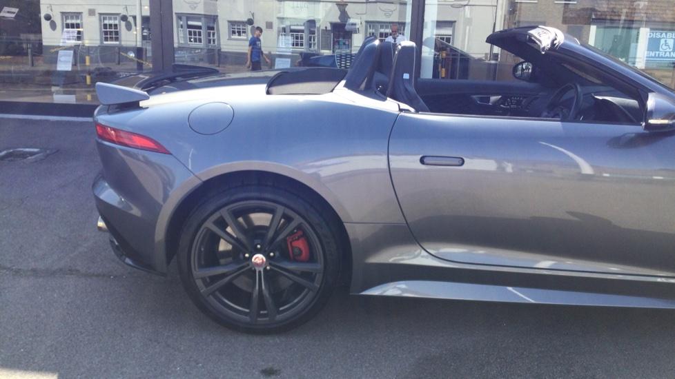 Jaguar F-TYPE 5.0 Supercharged V8 SVR 2dr AWD - Carbon Fibre - image 11