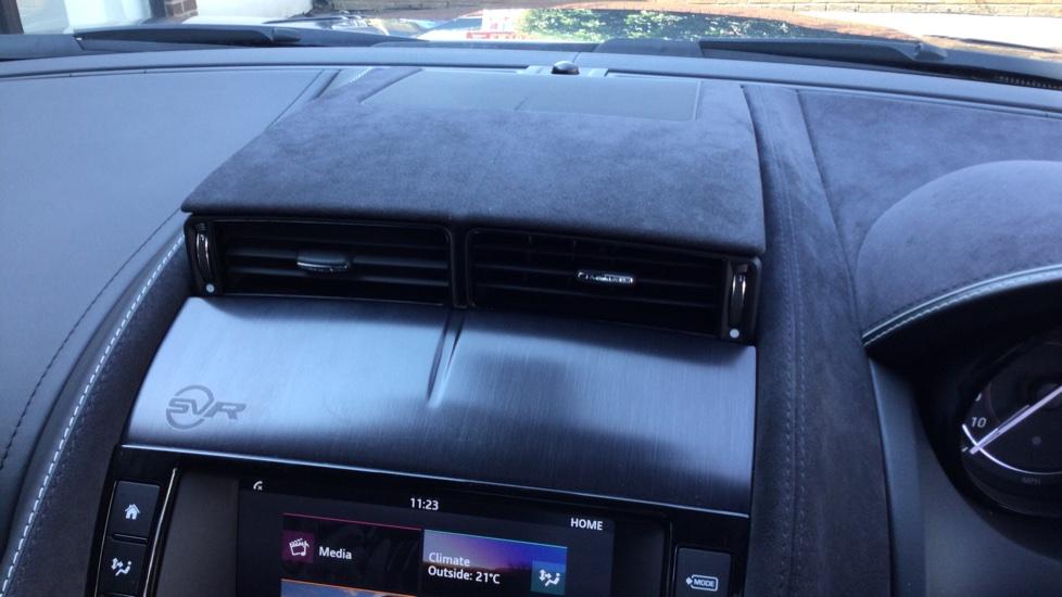 Jaguar F-TYPE 5.0 Supercharged V8 SVR 2dr AWD - Carbon Fibre - image 27