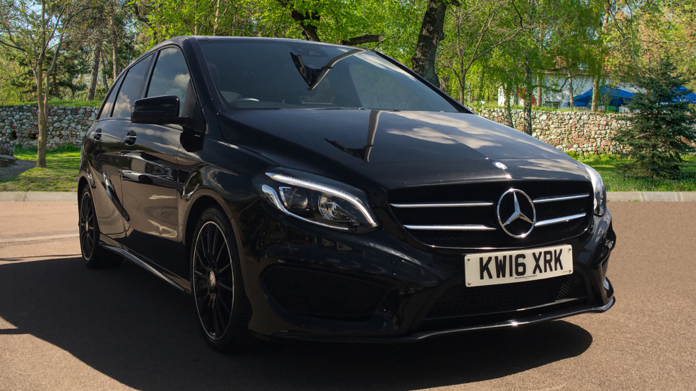 Mercedes-Benz B-Class B200d AMG Line Premium Plus 5drn with Night Package Low Mileage 2.1 Diesel Automatic Hatchback (2016)