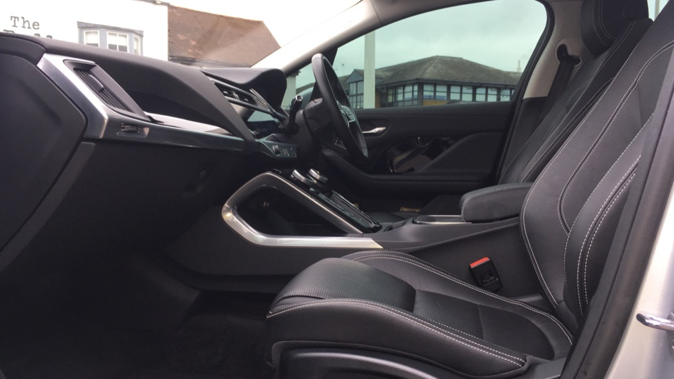 Jaguar I-PACE 294kW EV400 SE 90kWh Low Miles Panoramic Sunroof image 3