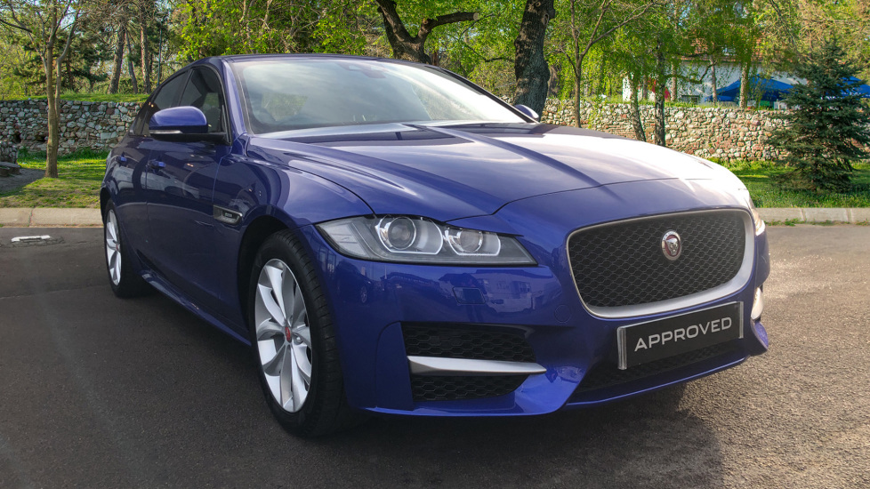 Jaguar XF 2.0i [250] R-Sport Automatic 4 door Saloon (2018)