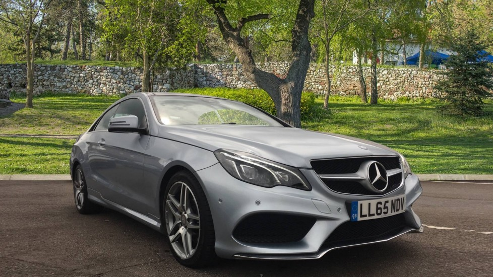 Mercedes-Benz E-Class E220 BlueTEC AMG Line 2dr 7G-Tronic Panoramic Sunroof 2.1 Diesel Automatic Coupe (2015)