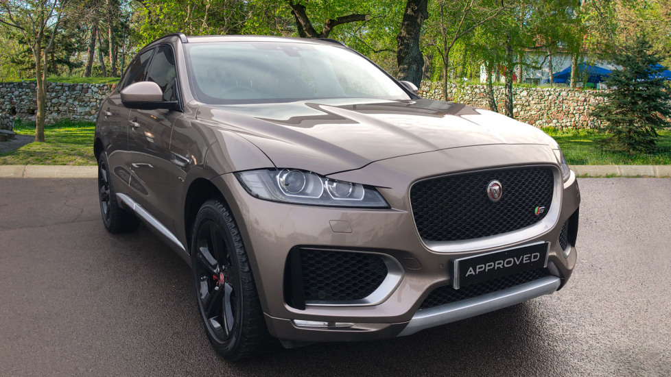 Jaguar F-PACE 3.0d V6 S 5dr AWD High Spec with Pan Roof Diesel Automatic 4 door Estate (2017)
