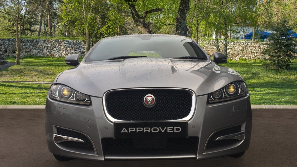 Jaguar XF 2.2d [163] R-Sport High Spec with Sunroof and Adaptive Cruise Control image 7