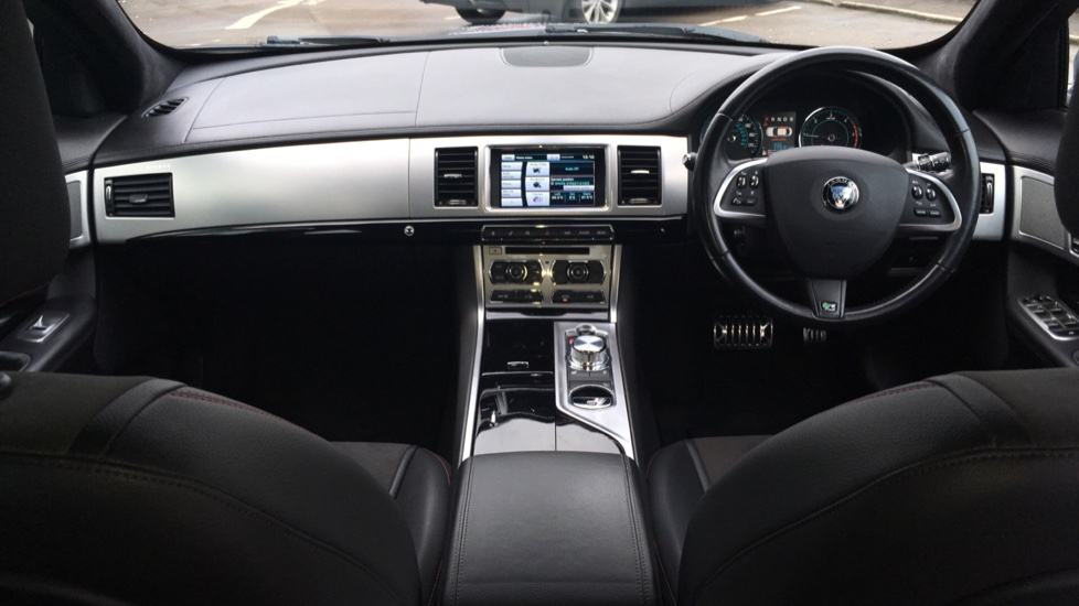 Jaguar XF 2.2d [163] R-Sport High Spec with Sunroof and Adaptive Cruise Control image 9