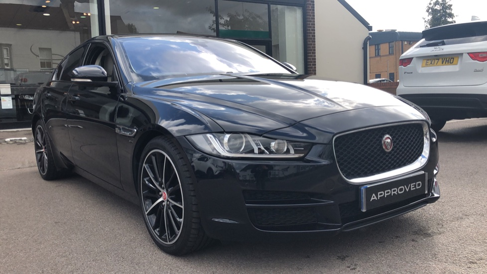 Jaguar XE 2.0 [240] Portfolio High Spec  Automatic 4 door Saloon (2016) image