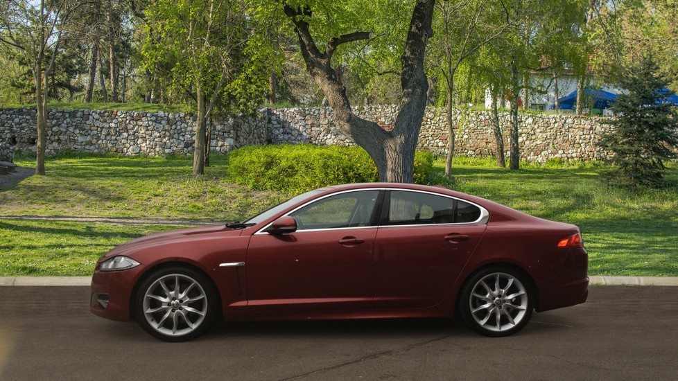 Jaguar XF 3.0d V6 S Premium Luxury [Start Stop] image 5