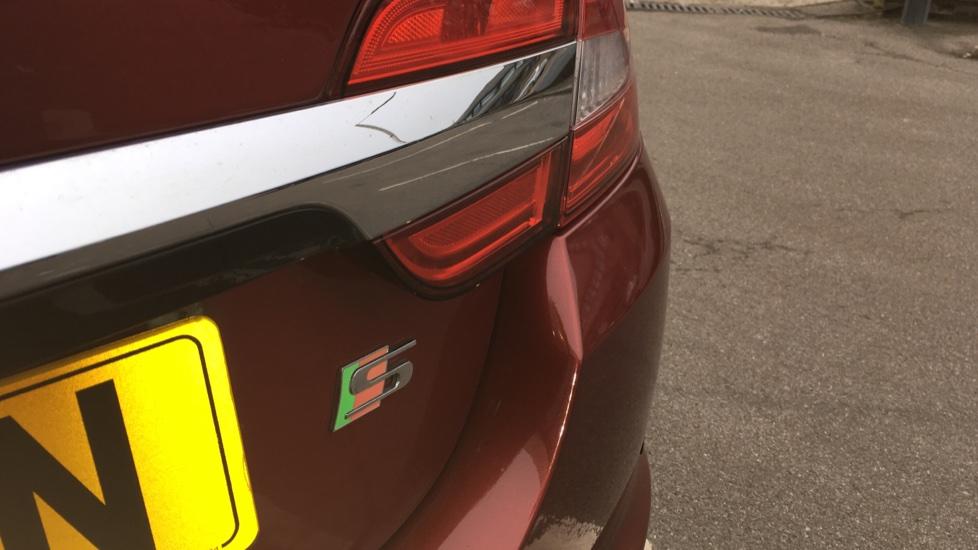 Jaguar XF 3.0d V6 S Premium Luxury [Start Stop] image 10