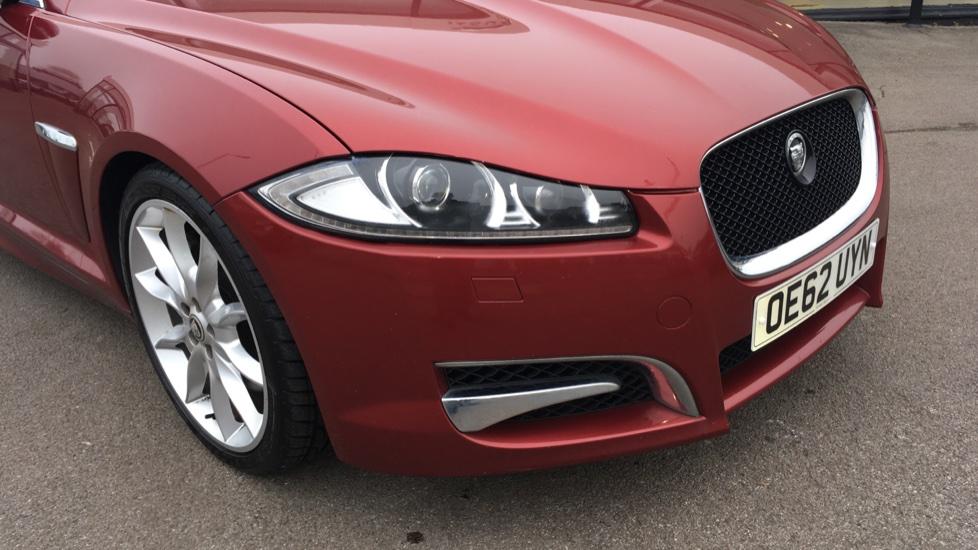 Jaguar XF 3.0d V6 S Premium Luxury [Start Stop] image 20