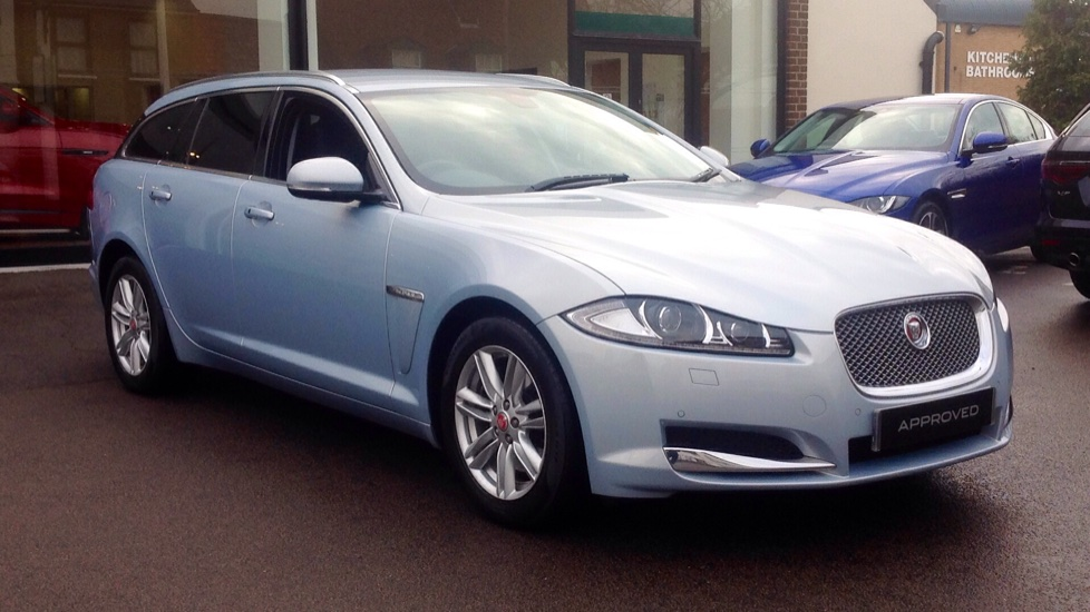 Jaguar XF 2.2d [163] Premium Luxury 5dr Diesel Automatic Estate (2015) image
