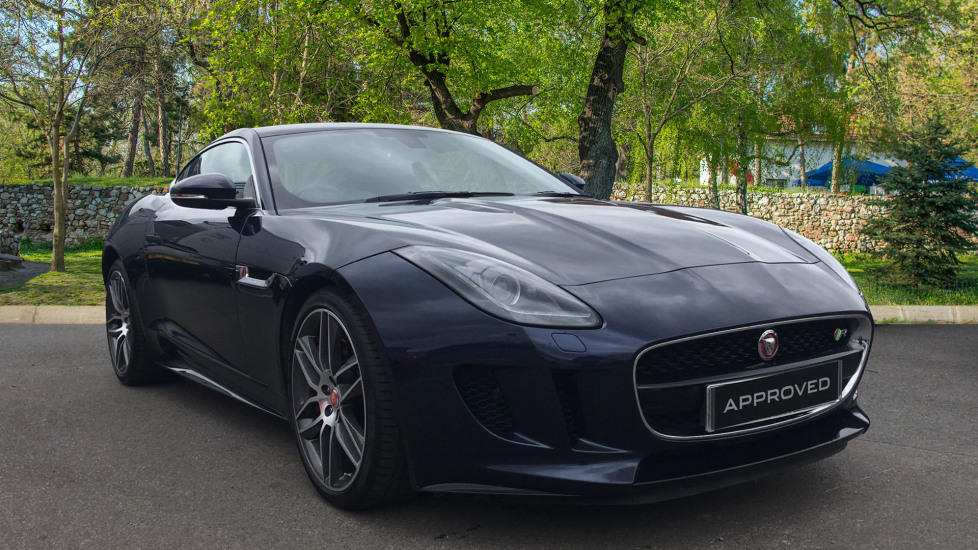Jaguar F-TYPE 5.0 Supercharged V8 R 2dr High Spec with Pan Roof Automatic Coupe (2015) image