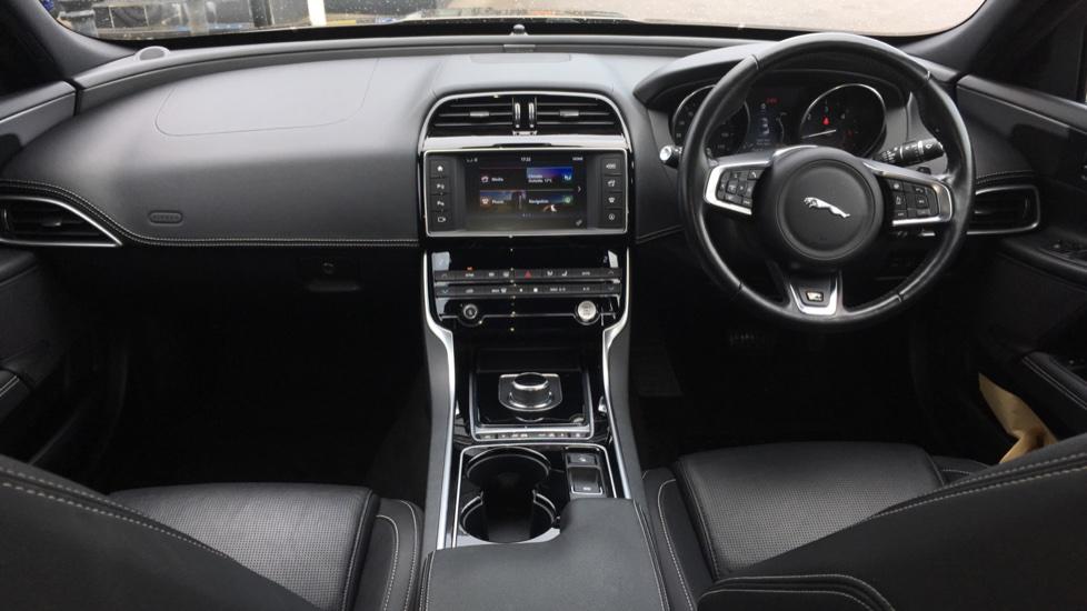 Jaguar XE 2.0d [180] R-Sport AWD High Spec with Pan Roof image 9