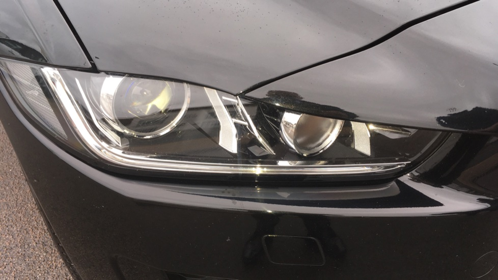 Jaguar XE 2.0d [180] R-Sport AWD Pan Roof and 19 inch Alloys. image 20