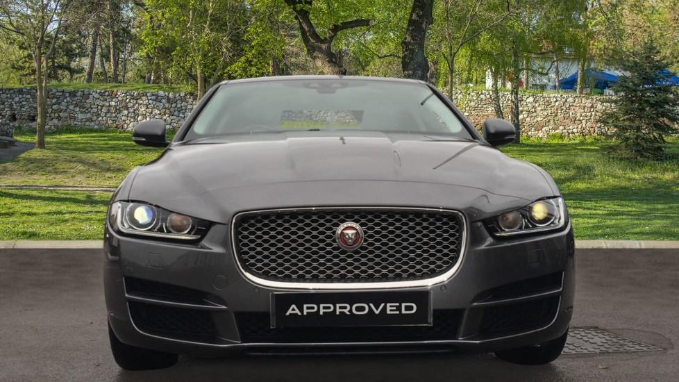 Jaguar XE 2.0d [180] Portfolio AWD Pan Roof image 7