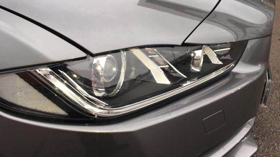 Jaguar XE 2.0d [180] Portfolio AWD Pan Roof image 18