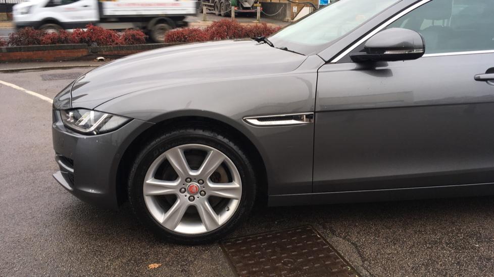 Jaguar XE 2.0d [180] Portfolio AWD Pan Roof image 20
