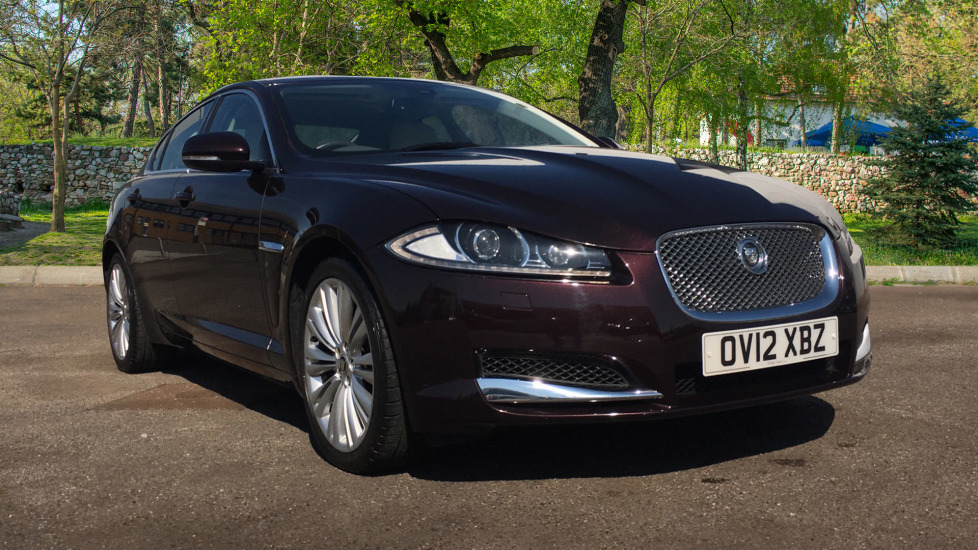 Jaguar XF 2.2d Premium Luxury Low Miles Diesel Automatic 4 door Saloon (2012)