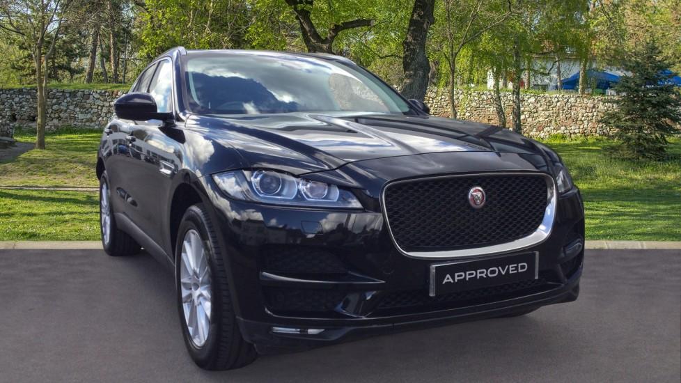 Jaguar F-PACE 2.0d Portfolio 5dr AWD Diesel Automatic Estate