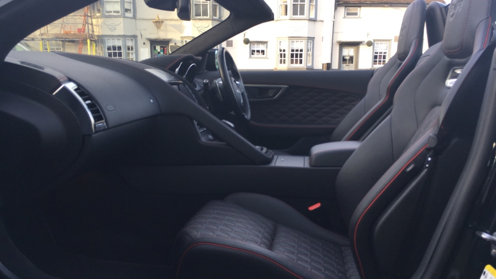 Jaguar F-TYPE 5.0 Supercharged V8 SVR 2dr AWD image 3