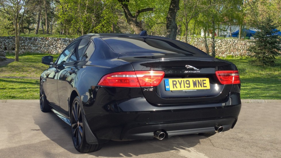 Jaguar XE 2.0 Ingenium R-Sport Low Miles 19 inch Black Alloys image 2