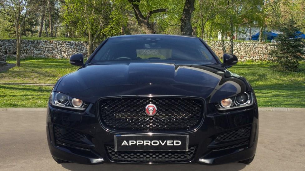 Jaguar XE 2.0 Ingenium R-Sport Low Miles 19 inch Black Alloys image 7