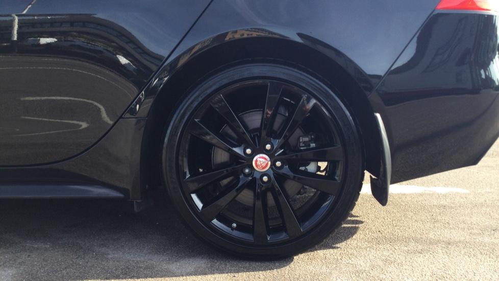 Jaguar XE 2.0 Ingenium R-Sport Low Miles 19 inch Black Alloys image 8