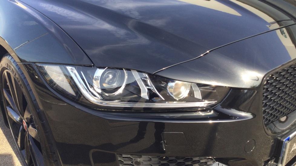 Jaguar XE 2.0 Ingenium R-Sport Low Miles 19 inch Black Alloys image 11