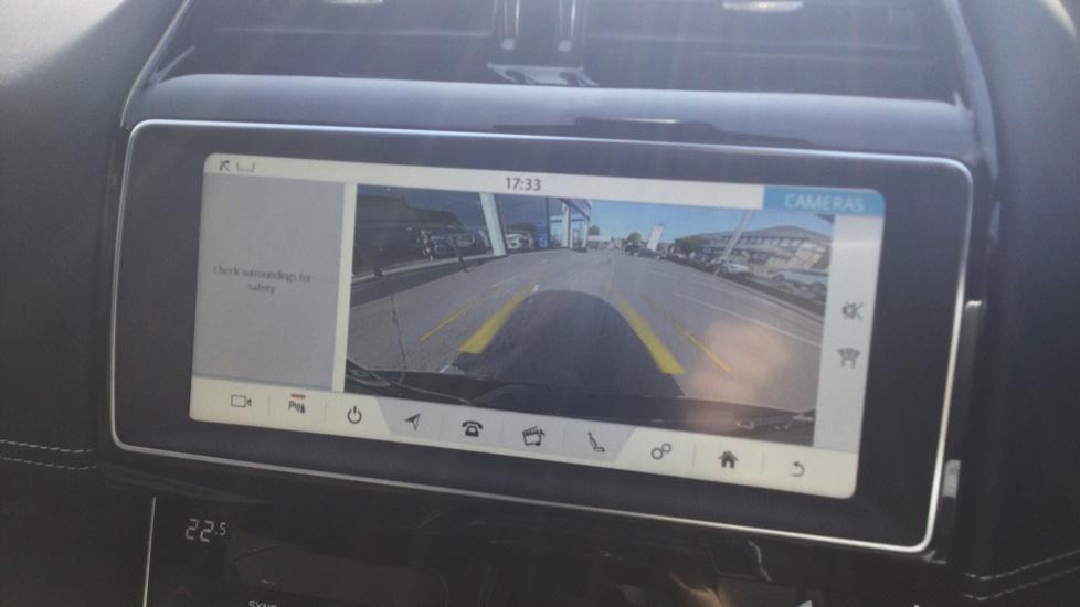 Jaguar XE 2.0 Ingenium R-Sport Low Miles 19 inch Black Alloys image 17