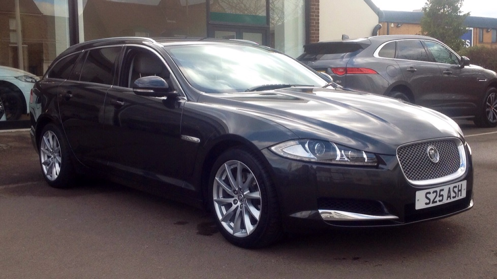 Jaguar XF 3.0d V6 Premium Luxury 5dr Diesel Automatic Estate (2012) image