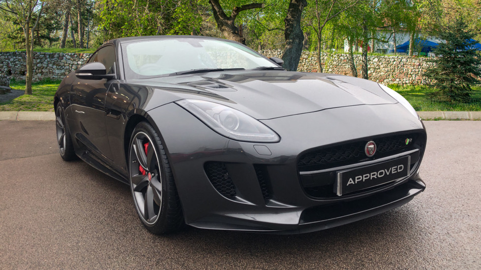 Jaguar F-TYPE 5.0 Supercharged V8 R 2dr AWD Automatic 3 door Coupe (2017)