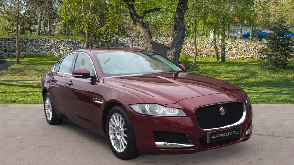 Jaguar XF 2.0d [180] Prestige Low Miles Rear Camera Diesel Automatic 4 door Saloon (2017)
