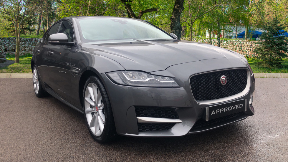 Jaguar XF 2.0d [180] R-Sport High Spec inc Incontrol Touch Pro, Pan Roof Diesel Automatic 4 door Saloon (2017) image