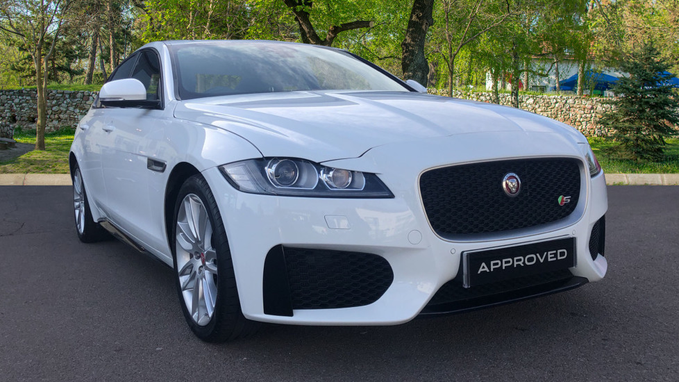 Jaguar XF 3.0d V6 S Low Miles Diesel Automatic 4 door Saloon (2017)