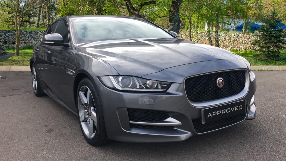 Jaguar XE R-SPORT 2.0 Diesel Automatic 4 door Saloon (2017)