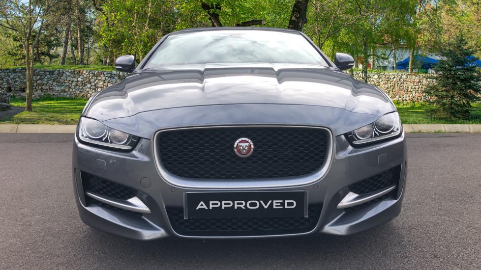 Jaguar XE R-SPORT image 7