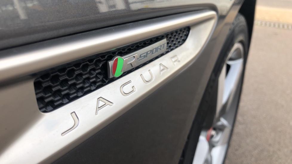 Jaguar XE R-SPORT image 11