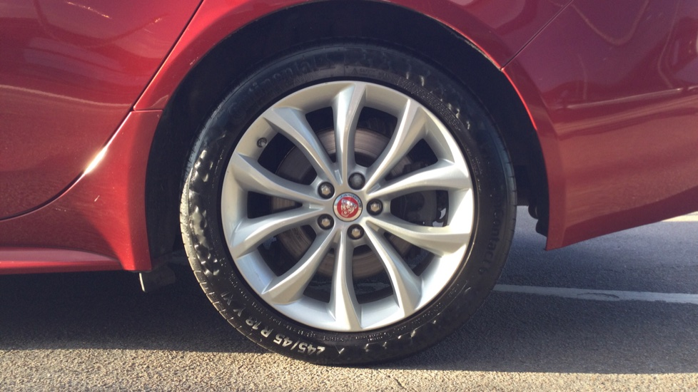 Jaguar XF 2.0d [180] R-Sport AWD - Privacy - Rear Camera -  image 8
