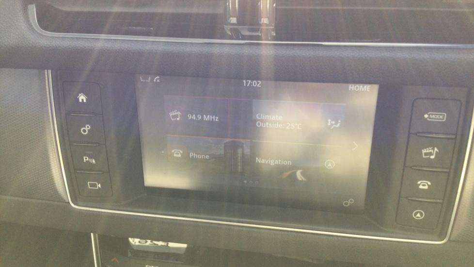Jaguar XF 2.0d [180] R-Sport AWD - Privacy - Rear Camera -  image 15