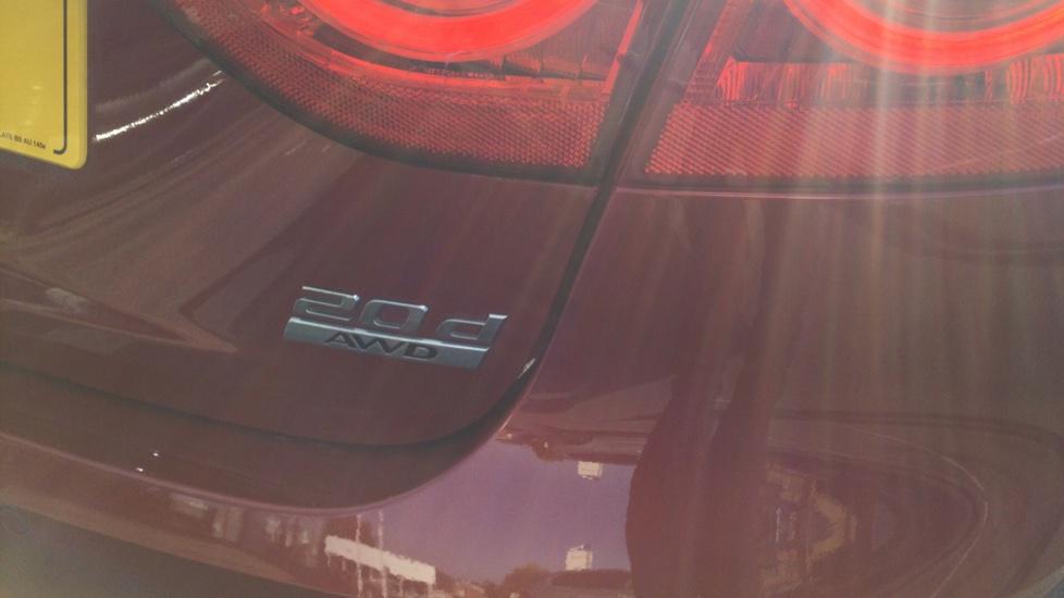 Jaguar XF 2.0d [180] R-Sport AWD - Privacy - Rear Camera -  image 19
