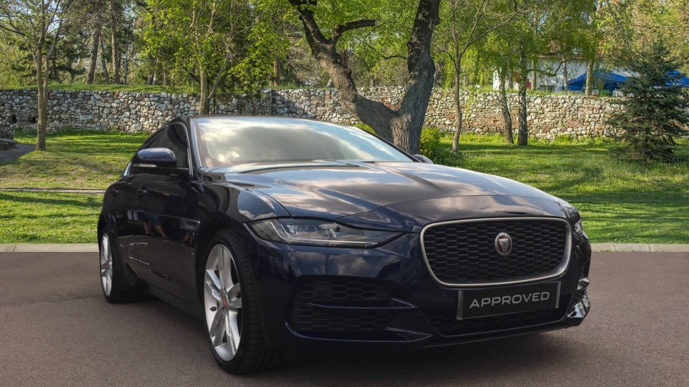 Jaguar XE 2.0 HSE LOW MILES Automatic 4 door Saloon (2020)