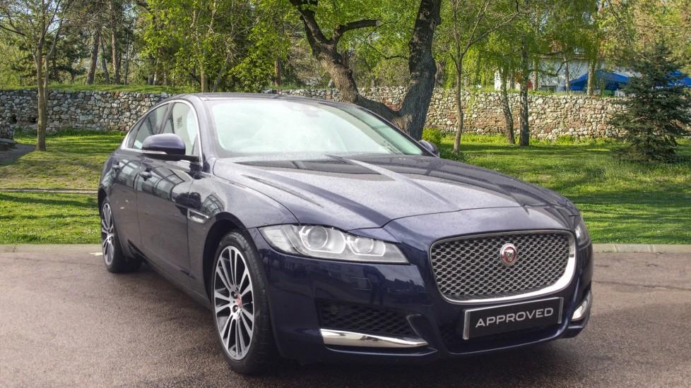Jaguar XF 3.0d V6 Portfolio - Sliding Pan Roof - InControl Touch Pro Diesel Automatic 4 door Saloon