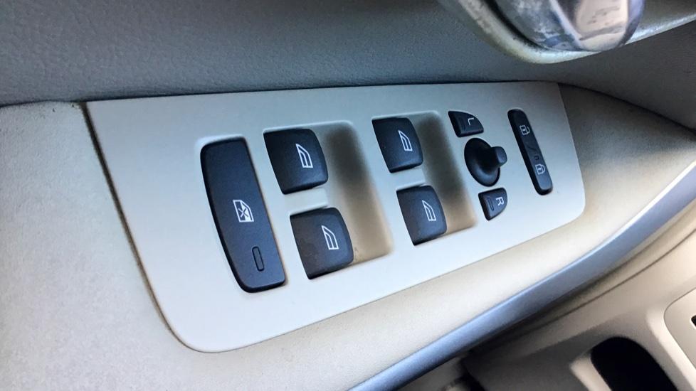 Volvo V40 D2 Kinetic Manual
