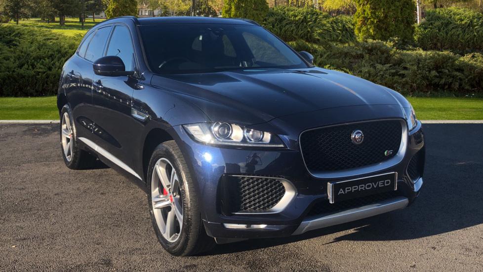 Jaguar F-PACE 3.0 Supercharged V6 S 5dr AWD Automatic Estate (2017) image