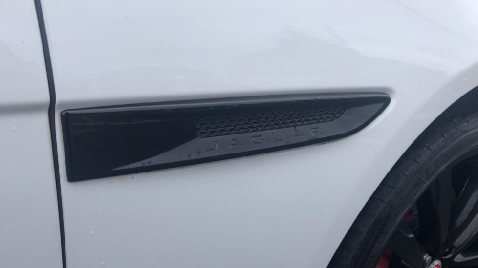 Jaguar XF 3.0d V6 S image 12