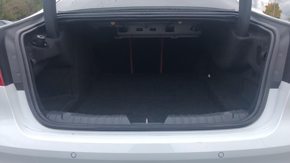 Jaguar XF 3.0d V6 S image 16