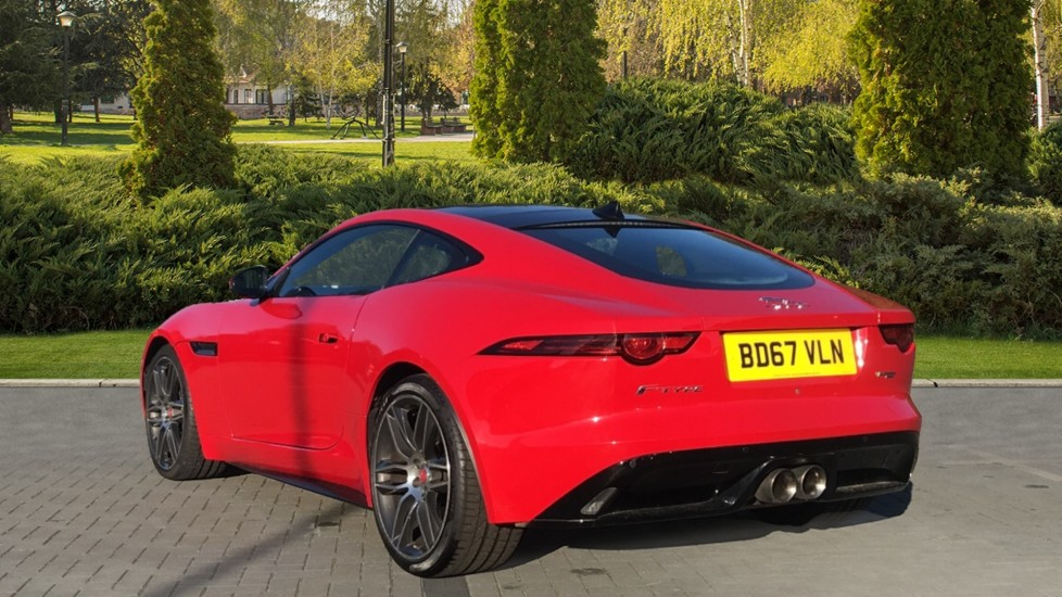 Jaguar F-TYPE 3.0 [380] Supercharged V6 R-Dynamic AWD with Panoramic Roof and 20 inch alloys image 2